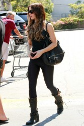 Kate Beckinsale - at Gelson's in Pacific Palisades 9/15/13