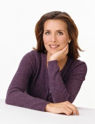 MEREDITH VIEIRA photoshoot set