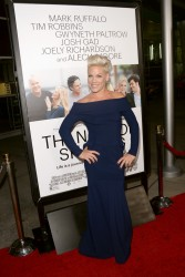 "Pink - ""Thanks For Sharing"" Premiere in Hollywood 9/16/13"