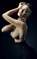 http://thumbnails106.imagebam.com/27798/4b060f277971782.jpg