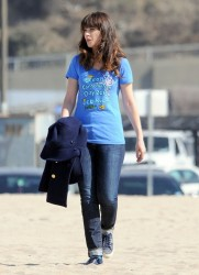 Zooey Deschanel - on the set of 'New Girl' in Malibu 10/7/13