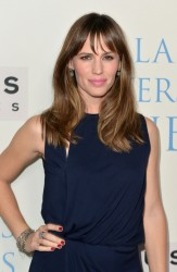 "Jennifer Garner - ""Dallas Buyers Club"" Premiere in Beverly Hills 10/17/13"