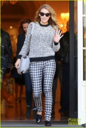 Blake Lively - Leaving her hotel in Paris 10/30/13
