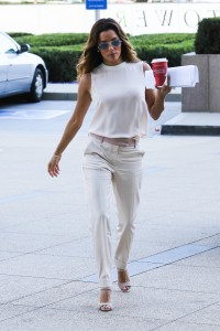 37502d287254821 Eva Longoria – out and about candids in Century City