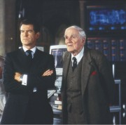 Джеймс Бонд 007: И целого мира мало / 007 The World Is Not Enough (Пирс Броснан, 1999) 3c625a287543886
