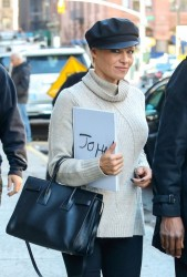 Pamela Anderson - Shopping in NYC 11/13/13