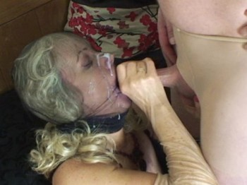 Cummy Nylon Facial