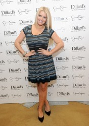 Jessica & Ashlee Simpson - Jessica Simpson Collection event in Dallas 11/23/13