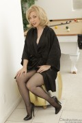 Nina Hartley - MILFs Seeking Boys (4/29/12) x29