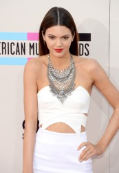 Kendall Jenner -  2013 American Music Awards 11/24/13