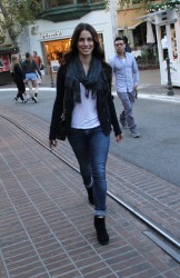 e66952291663645 [High Quality] Jessica Lowndes   at The Grove in LA 11/26/13 high resolution candids