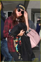 Selena Gomez - At LAX Airport 12/3/13