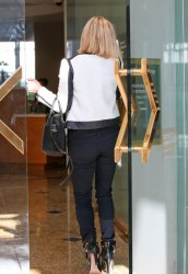 Reese Witherspoon - visits her office in Beverly Hills 12/5/13