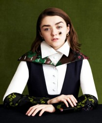 Maisie Williams 2