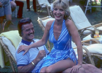 FLORENCE HENDERSON swimsuit x4