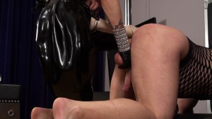 Hard Strap-on Fuck