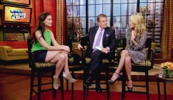Katie Holmes - Live with Regis and Kelly 08/11/2011
