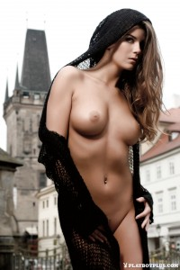 http://thumbnails106.imagebam.com/40919/86e609409180881.jpg
