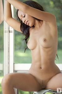 http://thumbnails106.imagebam.com/41130/2f3fa7411294661.jpg