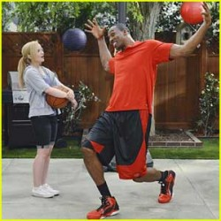 """Dove Cameron in 'Liv and Maddie' - """"Dump-A-Rooney"""" s1ep12 x6"""